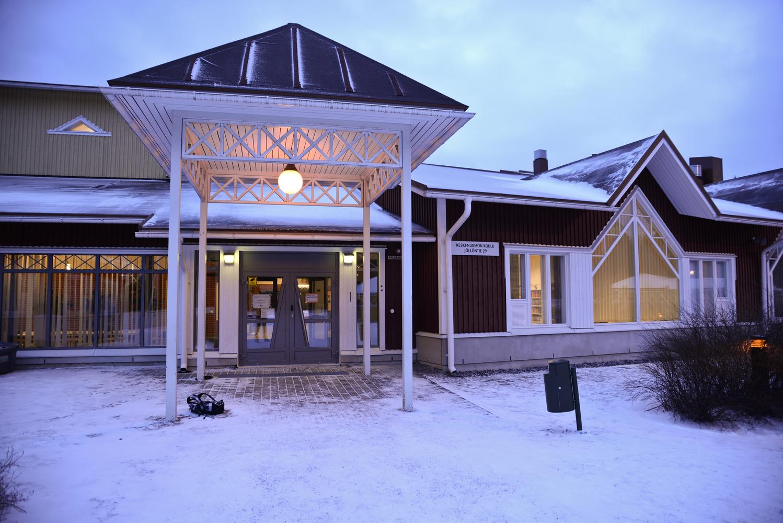 Keski-Nurmon kirjasto