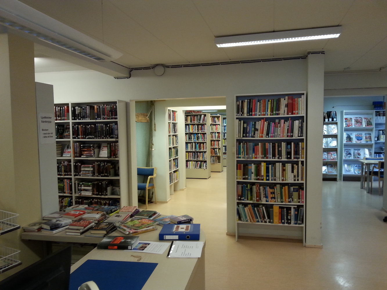 Oravais bibliotek - Oravaisten kirjasto