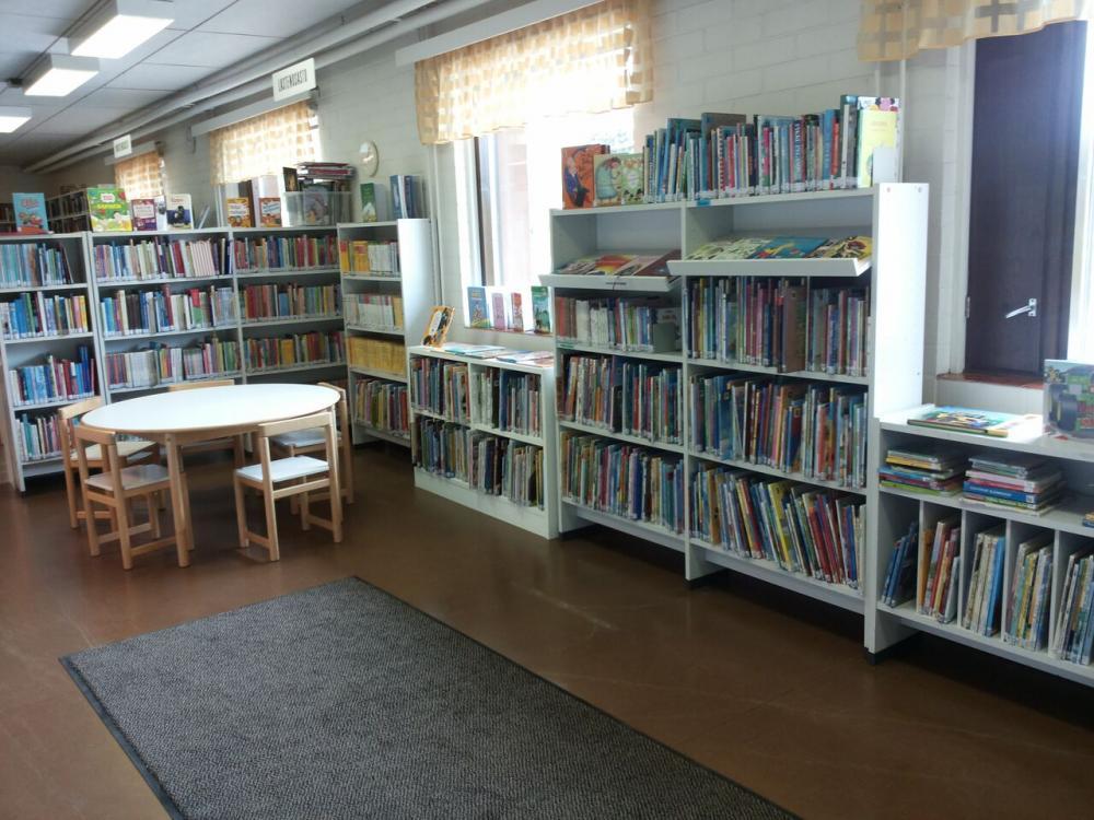 Kiikoisten kirjasto