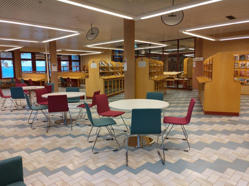 Kajaani main library newspaper reading room