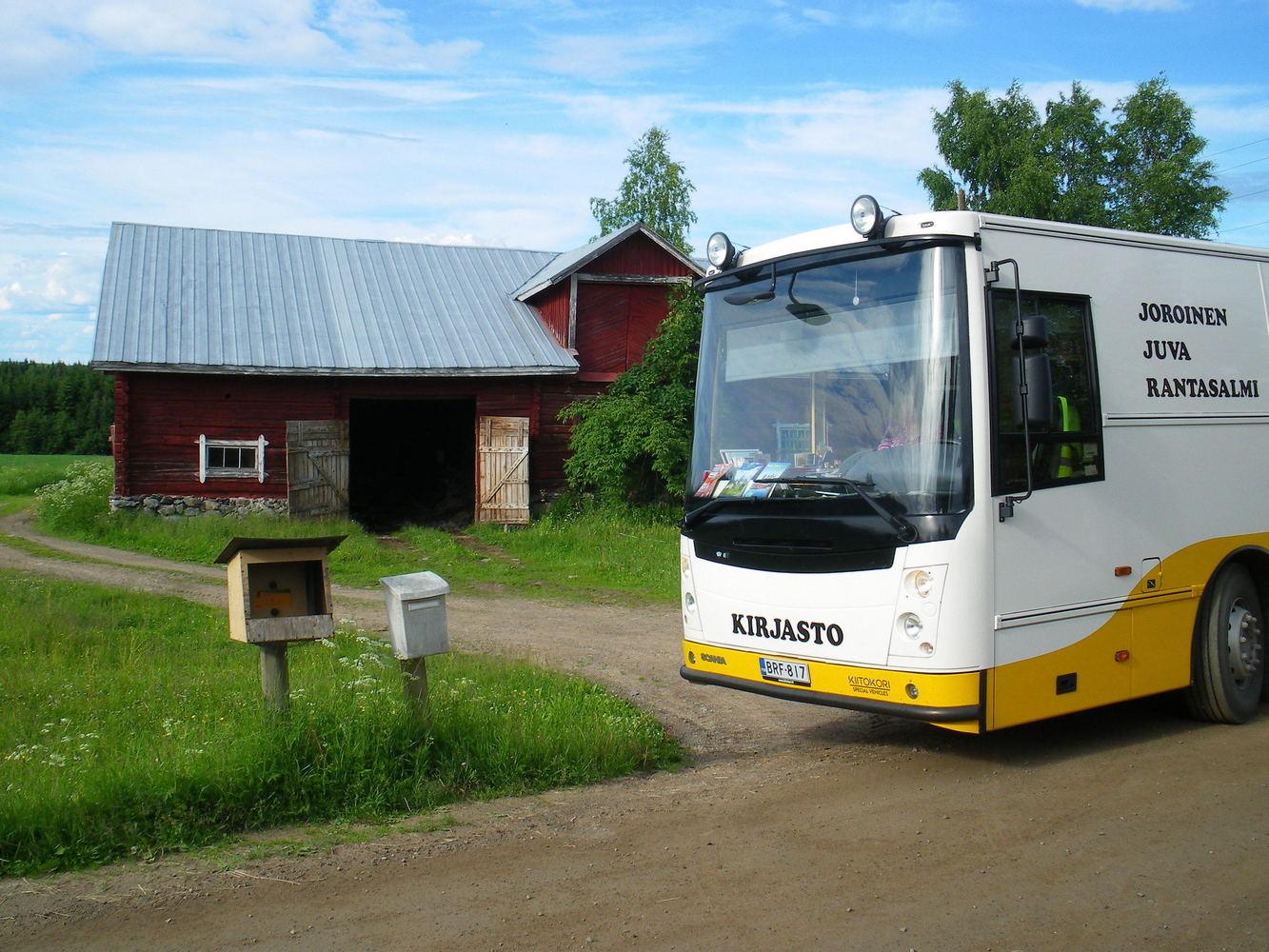 JJR aluekirjastoauto Jasso Toenperä