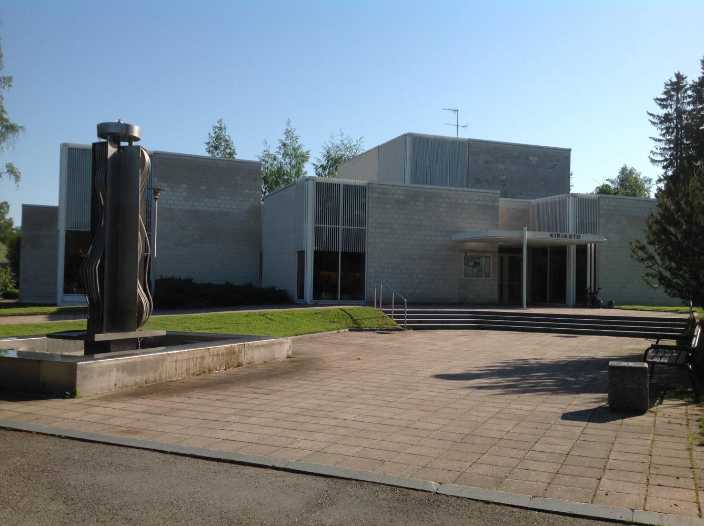 Iitti municipal library
