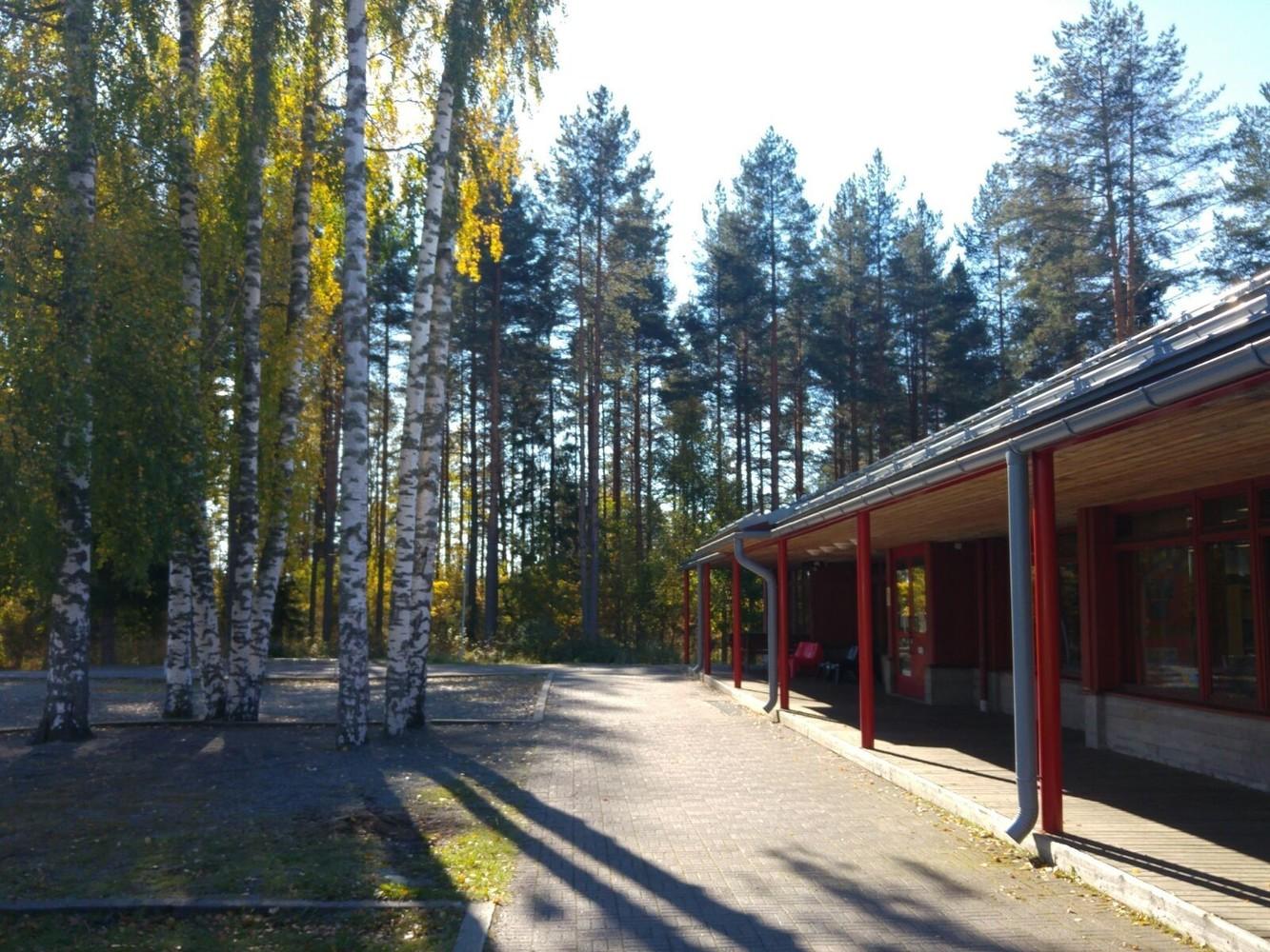 Pyhäselkä library