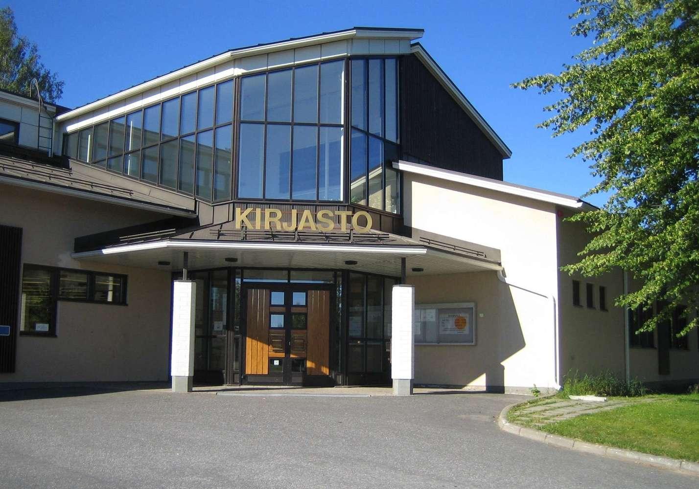 Main Library (Saarijärvi)