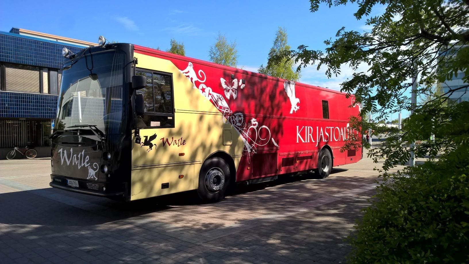 Kirjastoauto Walle (Valkeakoski ja Lempäälä)