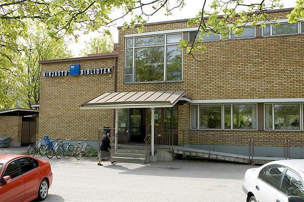 Etelä-Haagan kirjasto kesällä 2009