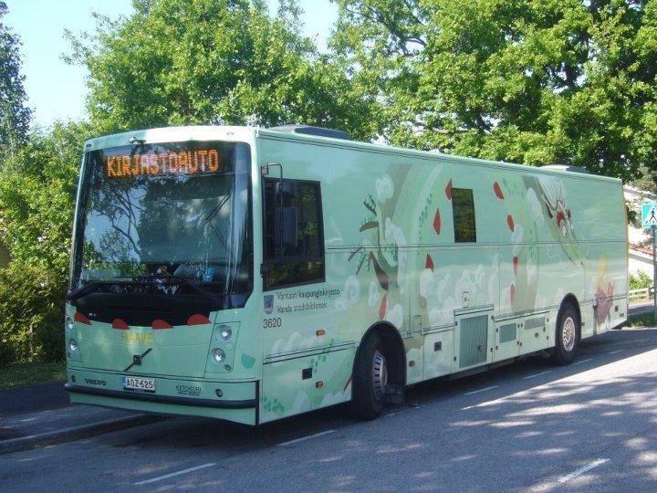 Vantaan kirjastoauto Haave kesällä 2012