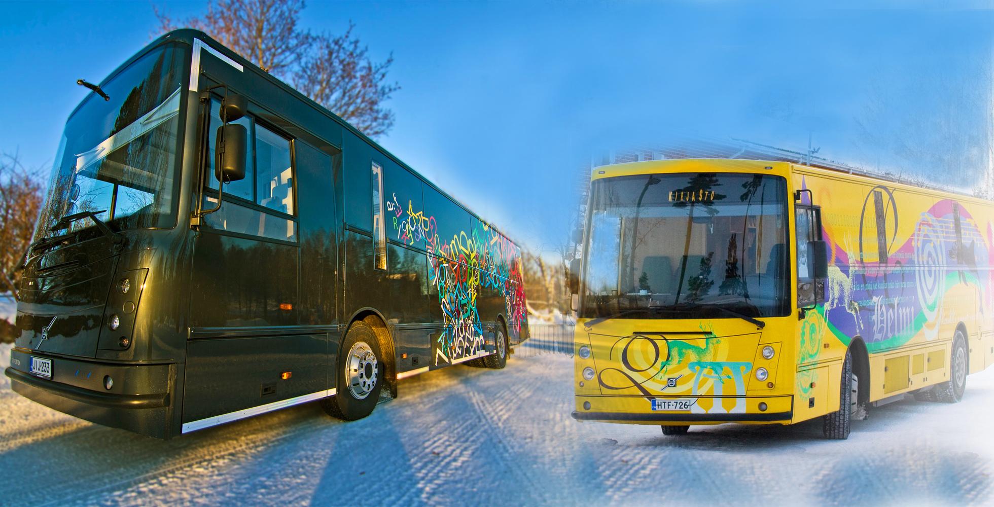 Espoon kirjastoautot Välkky ja Helmi